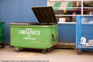 Vancouver_composting_at_granville_i