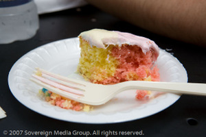 Fruity_pebbles_cake